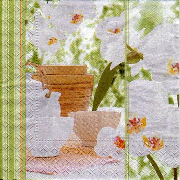 Serviette papier Asie et fleurs blanche